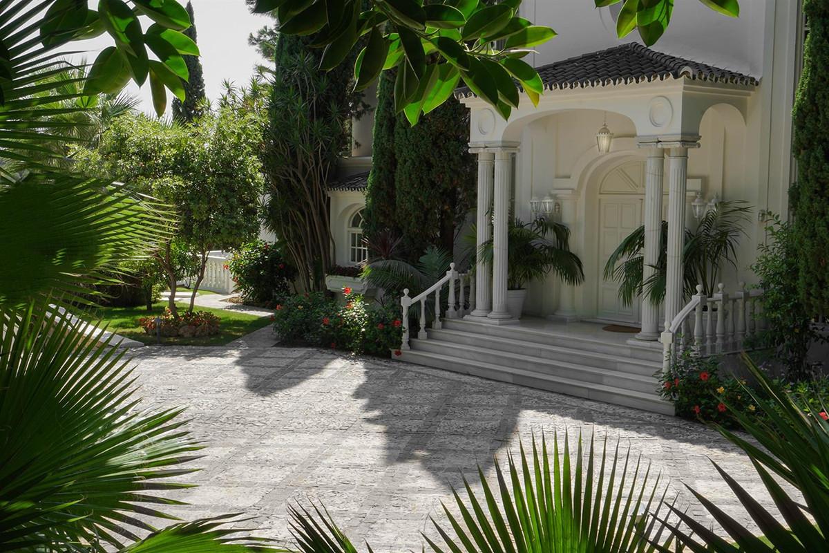 House in Benahavís R2112152 12
