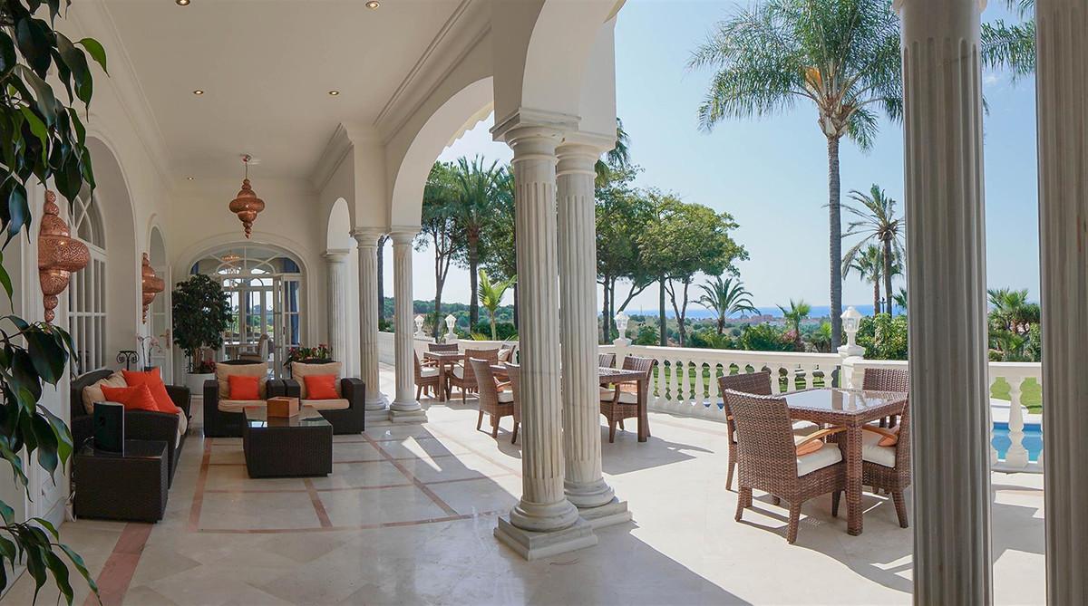 Villa – Chalet en Venta en Benahavís – R2112152