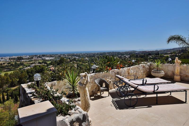 Villa – Chalet en venta en La Quinta – R2107028
