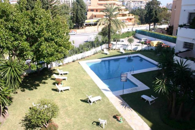 South facing spacious one bedroom apartment located only two minutes from Puerto Banus in an enclose,Spain