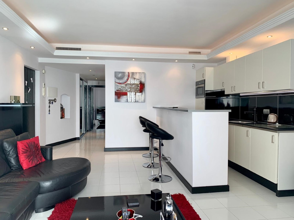 Apartment in Puerto Banús R3078292 2