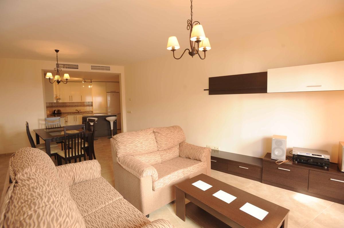 Marbella Banus Apartamento en Venta en Marbella – R2268770