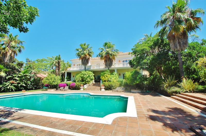 Detached Villa - Marbella - R2111651 - mibgroup.es