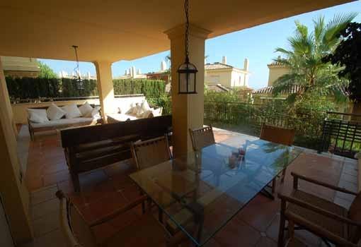 Se vende Apartamento Planta Baja, Sierra Blanca – R2107187