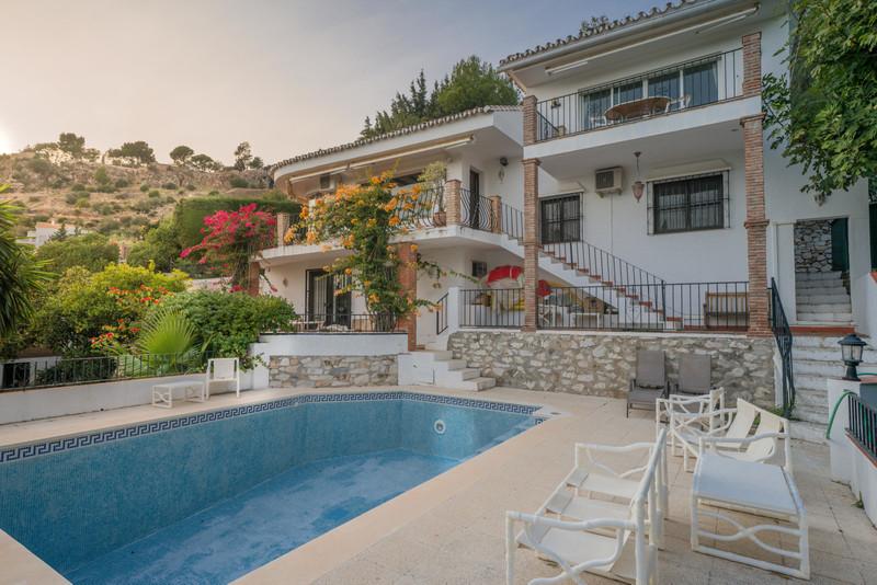 Villa – Chalet a la venta en Mijas – R3503695