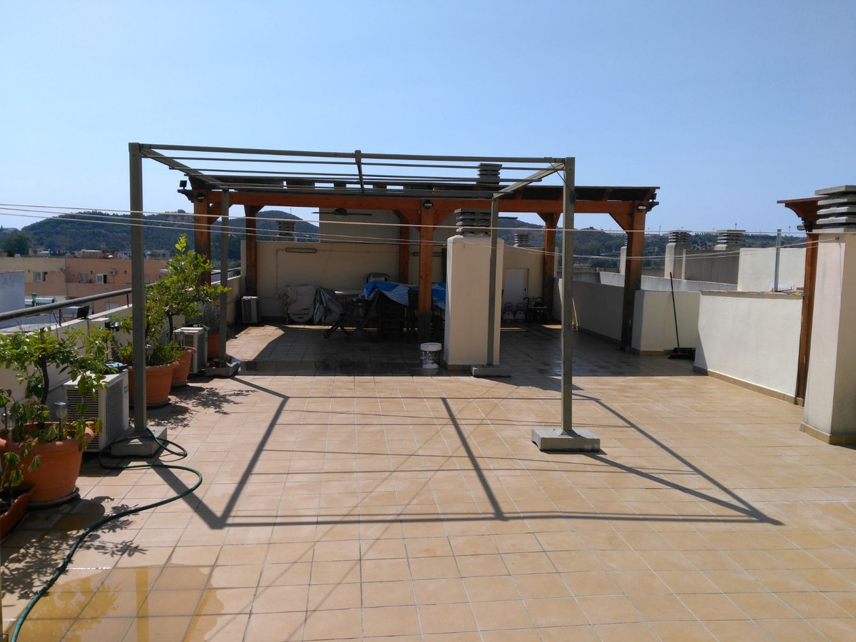 Penthouse 3 bedroom, in the centre of Fuengirola at a few steps to all kind of services and amenitie,Spain