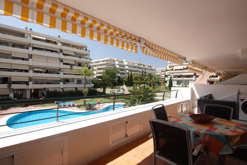 Apartments for sale in Guadalmina 29