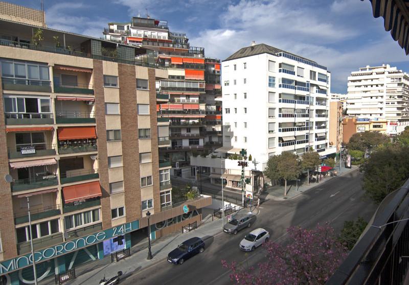 Apartamento Planta Media en venta en Marbella – R3523216
