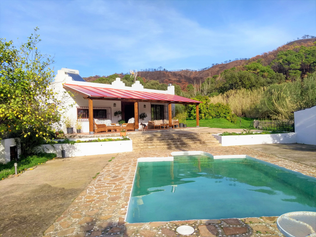 FANTASTIC SOUTHWEST FACING RUSTIC FINCA with privat swimming pool and incredible views to the mounta,Spain