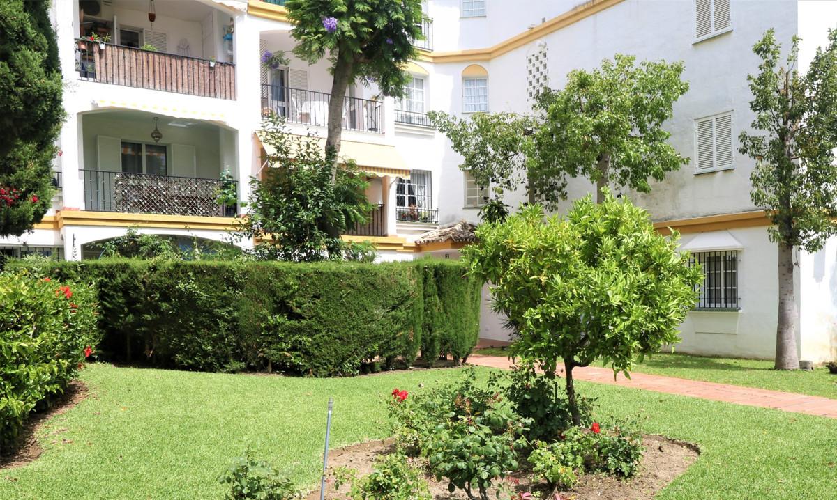 Apartamento en Venta en Atalaya – R3651755