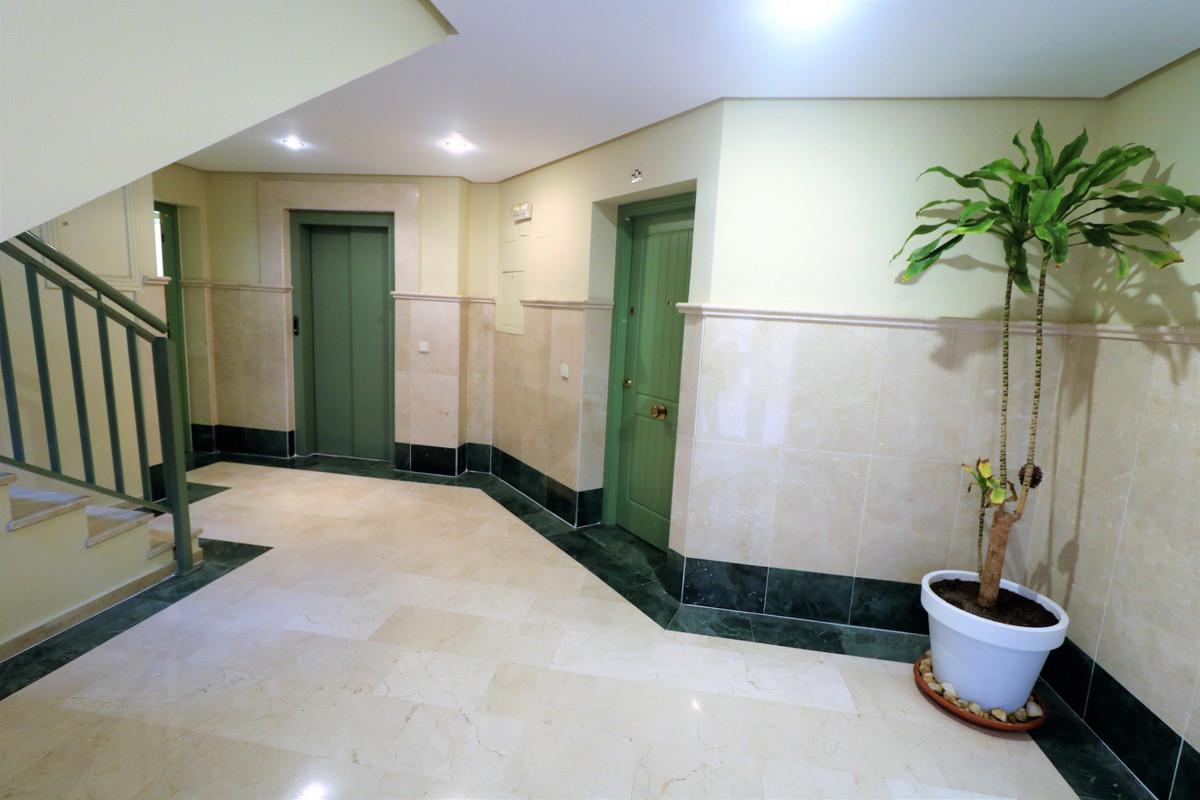 Marbella Banus Apartamento en Venta en San Pedro de Alcántara – R3610769