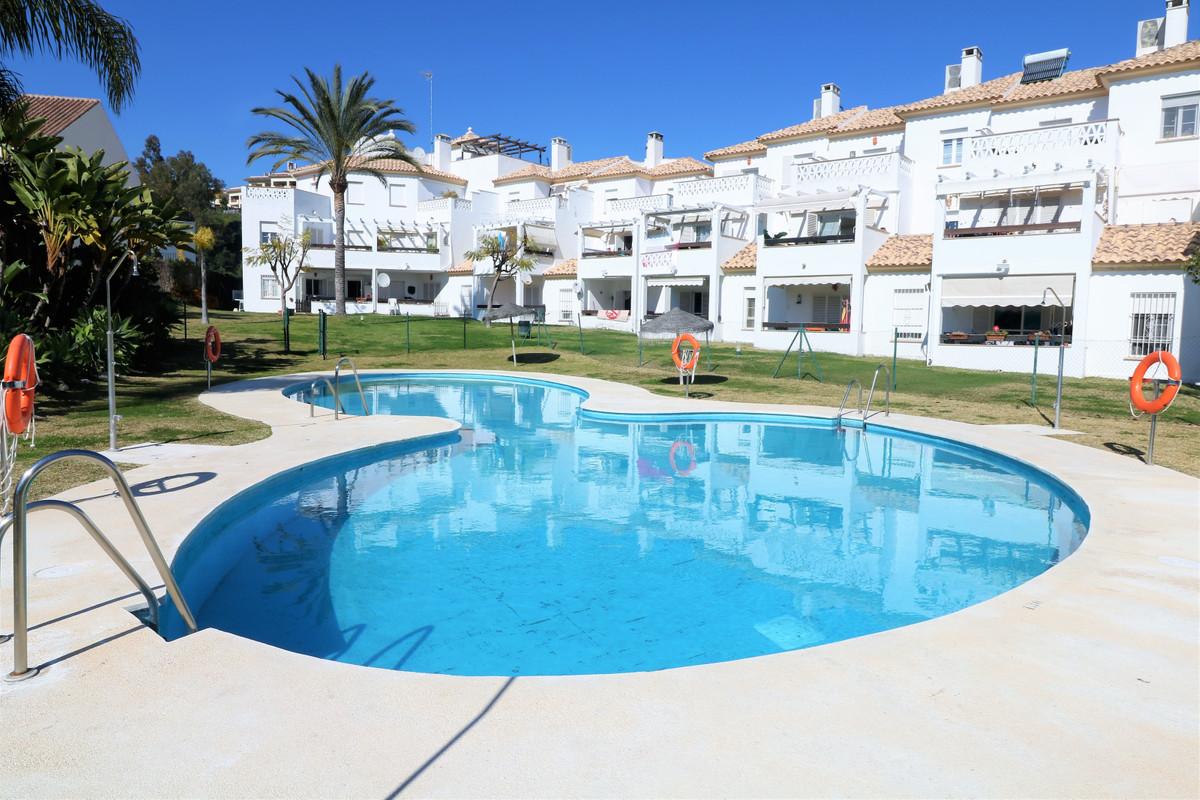 Marbella Banus Apartamento Planta Baja en Venta en Selwo – R3609725