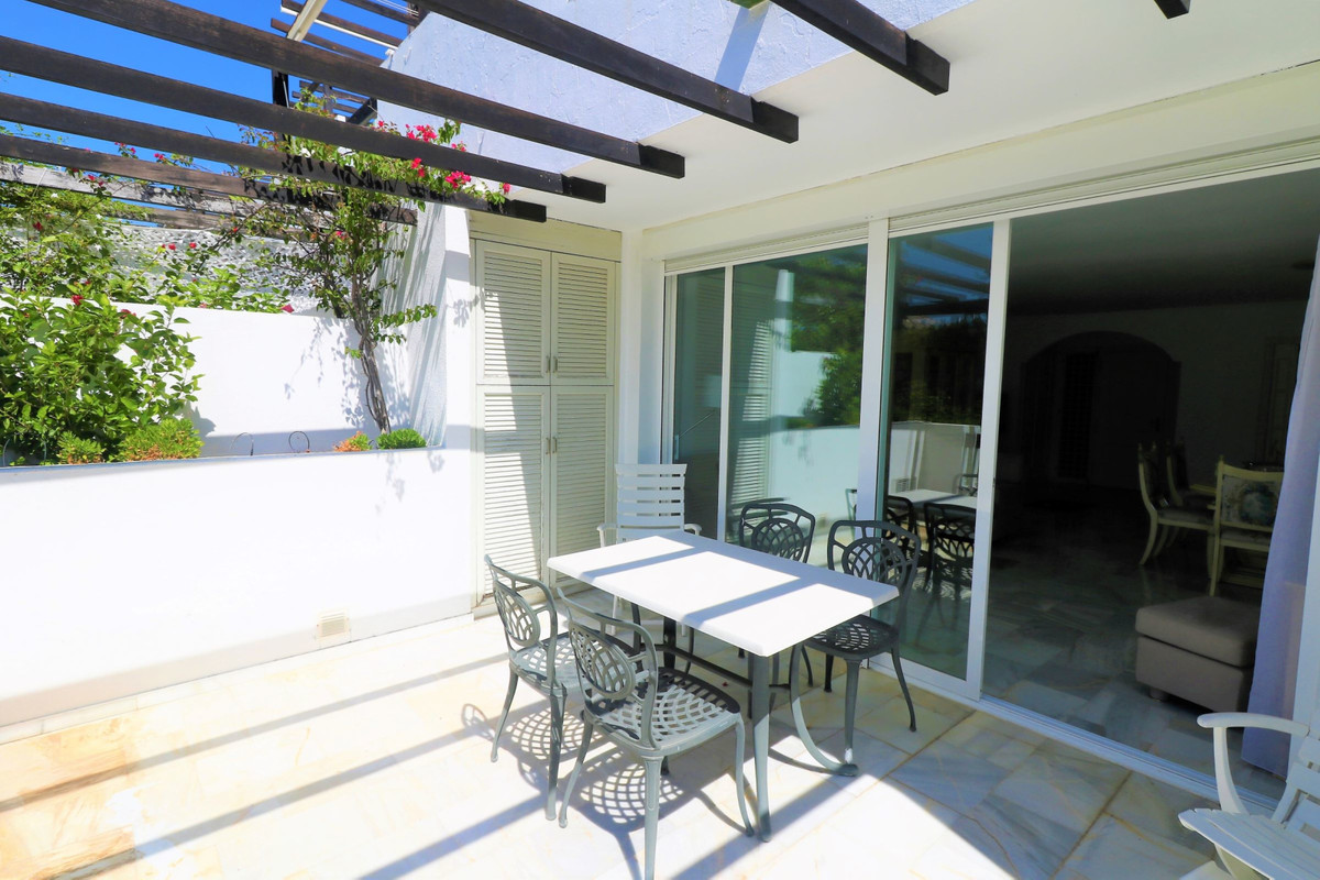 2 Bedroom Middle Floor Apartment For Sale Bel Air