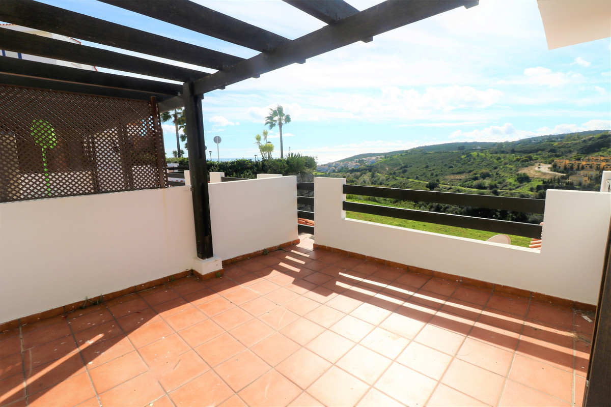 Middle Floor Apartment for sale in Manilva R3794182