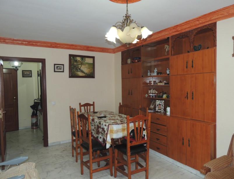 Apartment - Ground Floor, Estepona, Costa del Sol. 3 Bedrooms, 2 Bathrooms, Built 106 sqm, Terrace 6,Spain