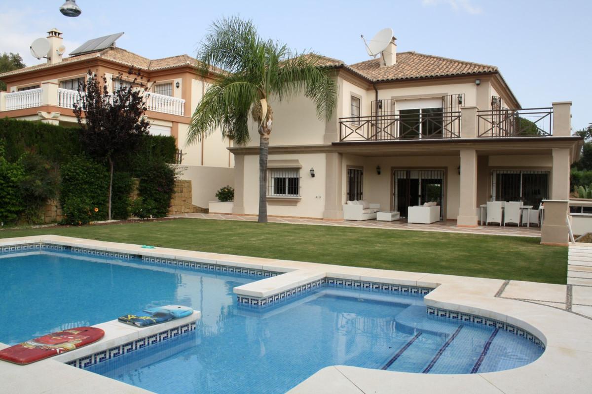 Marbella Banus Villa – Chalet en Venta en Puerto Banús – R2974733
