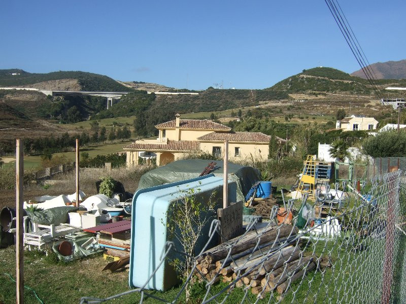 Plot - Area 1035 sqm, Estepona, Costa del Sol.  Plot, Without License, Urbanised.  Setting : Frontli, Spain