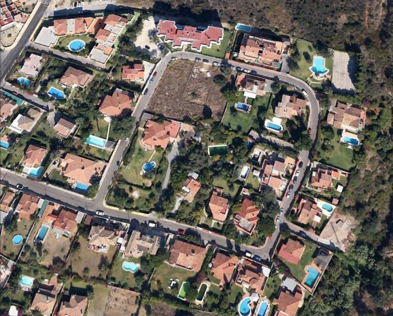 Terreno Urbano en venta en Estepona – R132577