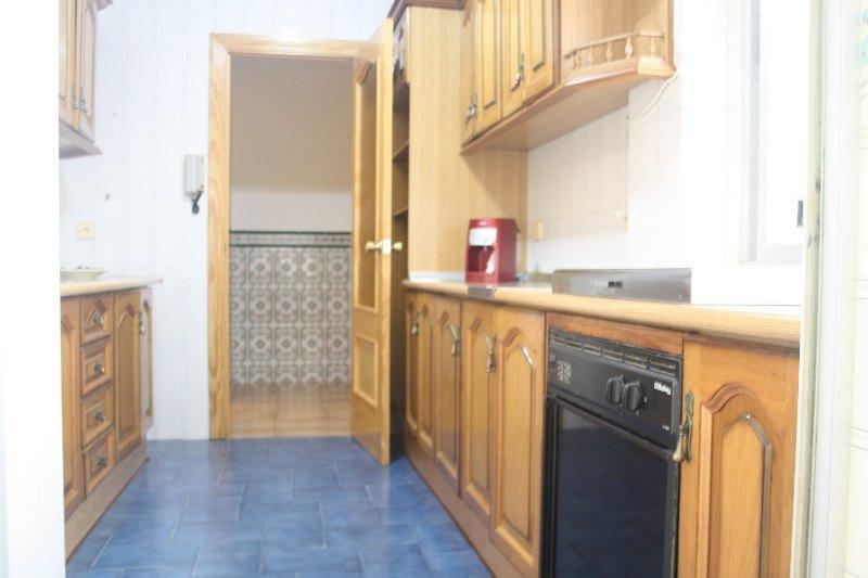 Middle Floor Apartment, Estepona, Costa del Sol. 3 Bedrooms, 1 Bathroom, Built 85 m², Terrace 8 m². ,Spain