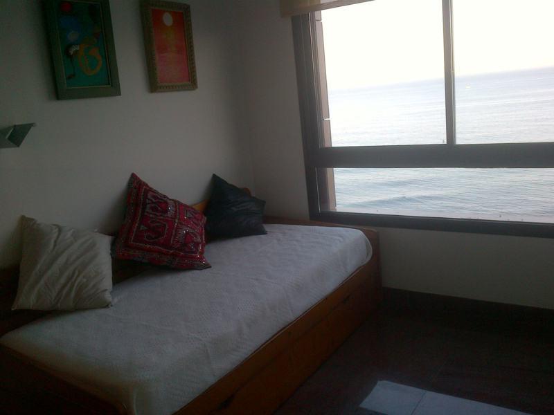 Apartamento con 4 Dormitorios en Venta Los Boliches