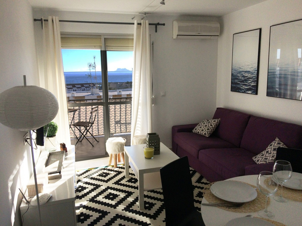 R2595815: Apartment for sale in Estepona