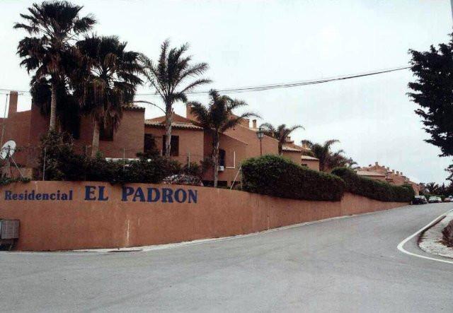 Townhouse - Estepona - R3200743 - mibgroup.es