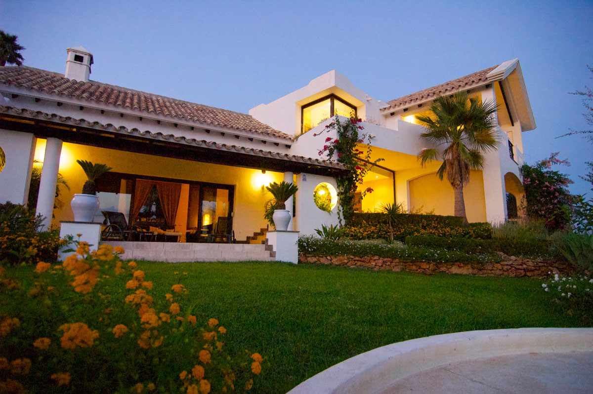 9 bedroom villa for sale marbella