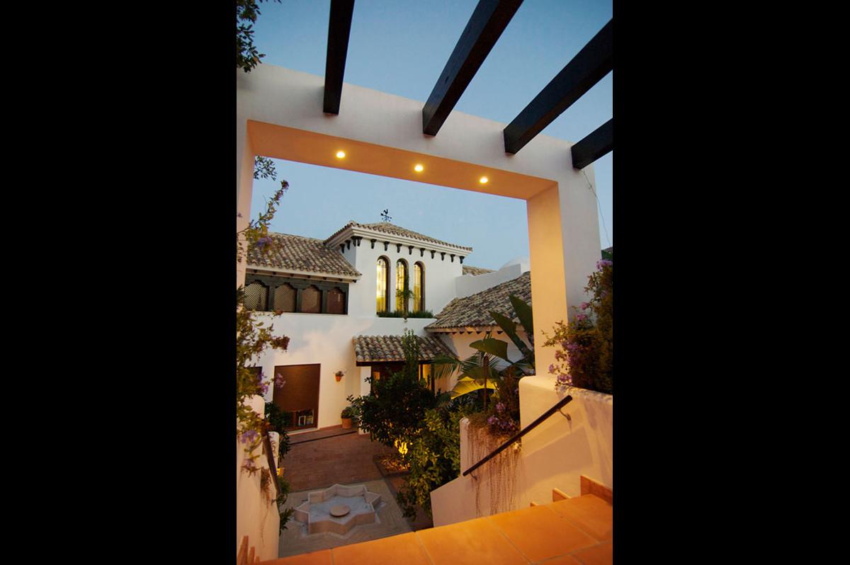 Villa – Chalet en Venta en Marbella – R3320971