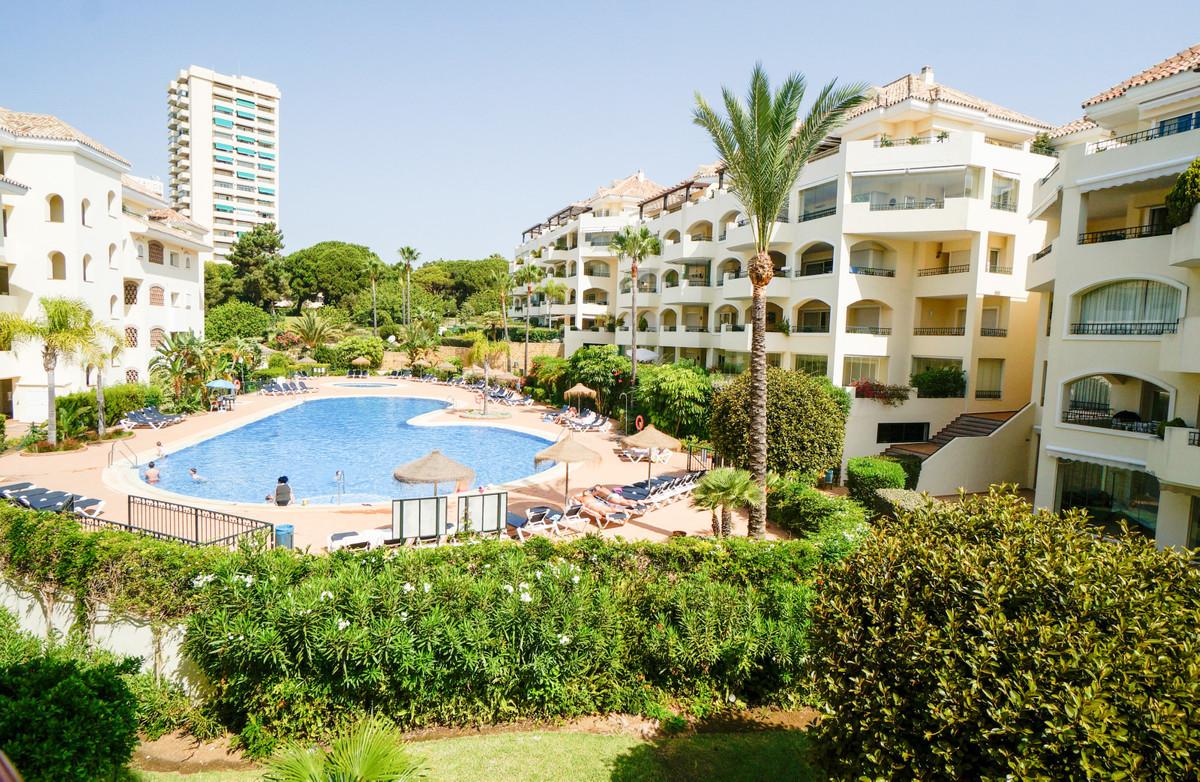 Marbella Banus Ático en venta en Elviria – R3478024