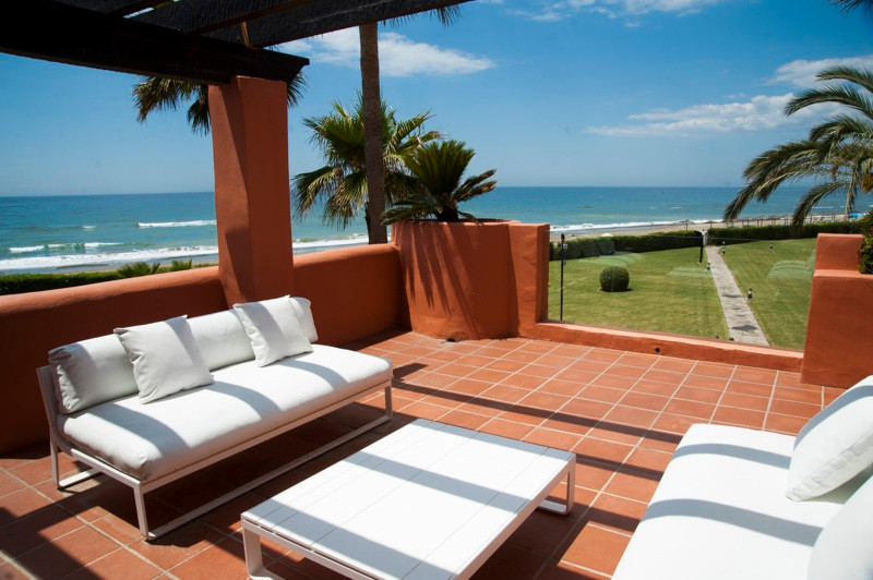 Stunning first beach line super deluxe penthouse with frontal sea views    Useful sqm: 320 aprox.   ,Spain