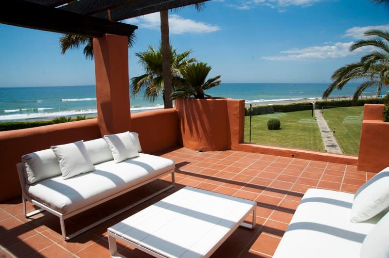 Marbella Banus Ático en venta en Los Monteros – R2214401