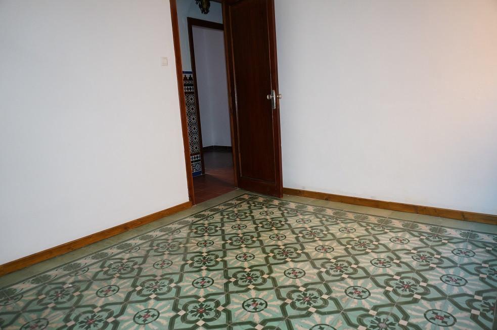 Pareada  en venta en  La Línea, Costa del Sol – R2094666