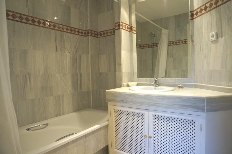 Apartamento en Venta en Río Real – R2648189