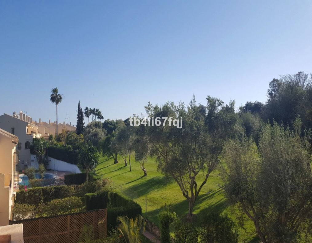 Perfect Investment Golf Lovers.  Family house recently renovated. Distributed on 3 floors: Main floo,Spain