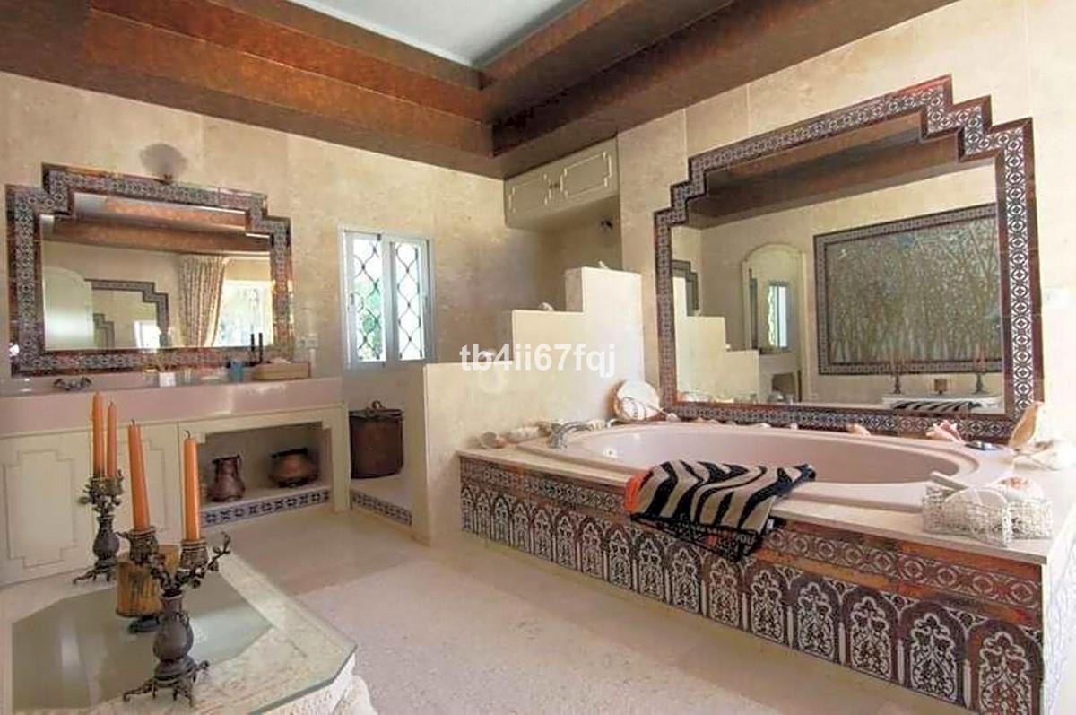 Villa – Chalet en Venta en The Golden Mile – R3450178