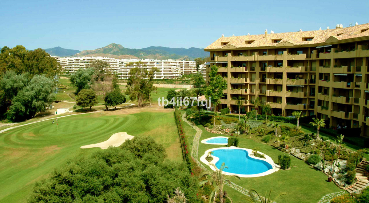 Fantastic apartment in Guadalmina Alta with views to the garden, the swimming pool and the golf.  Th,Spain