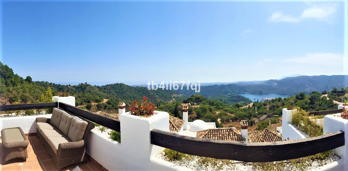 On the Terraces of Sierra Blanca Country Club  The townhouse is located in the privileged enclave of,Spain