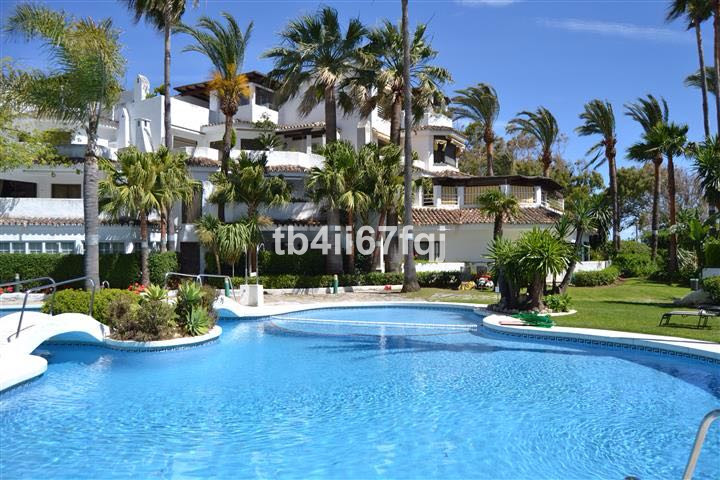 Magnificent apartment located a few meters from the beach east of Marbella, this apartment with gard, Spain