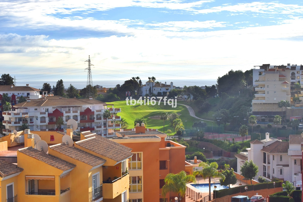 2 bedroom apartment in Riviera del sol, near the Miraflores golf course, with panoramic views of the, Spain