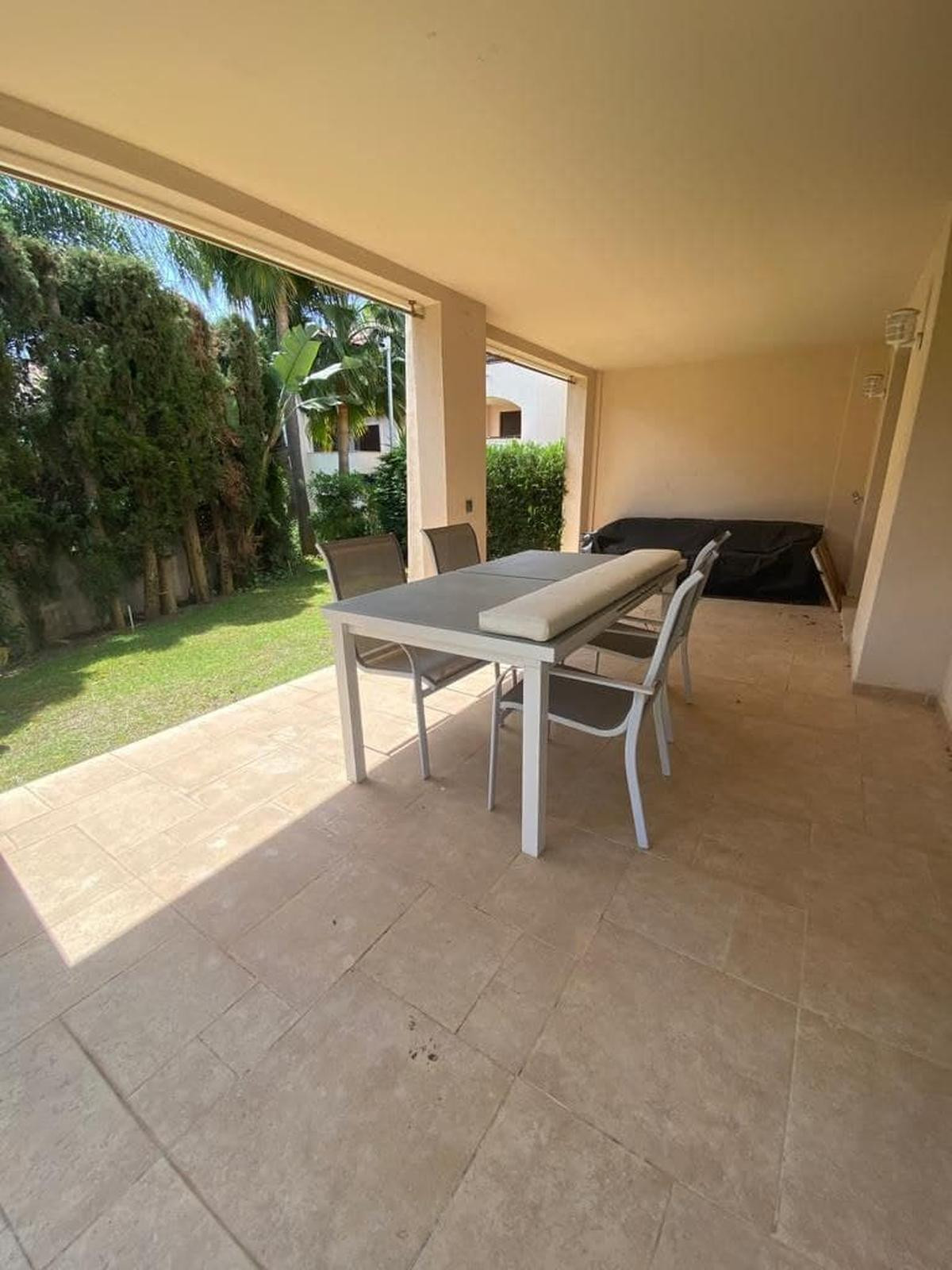 1 Bedroom Apartment For Sale, Puerto Banús