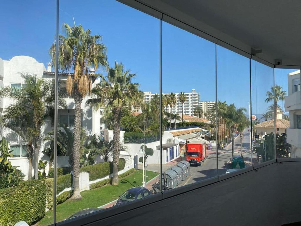 Apartment by the sea with front view to the sea in the city of Benalmadena. The apartment is located, Spain