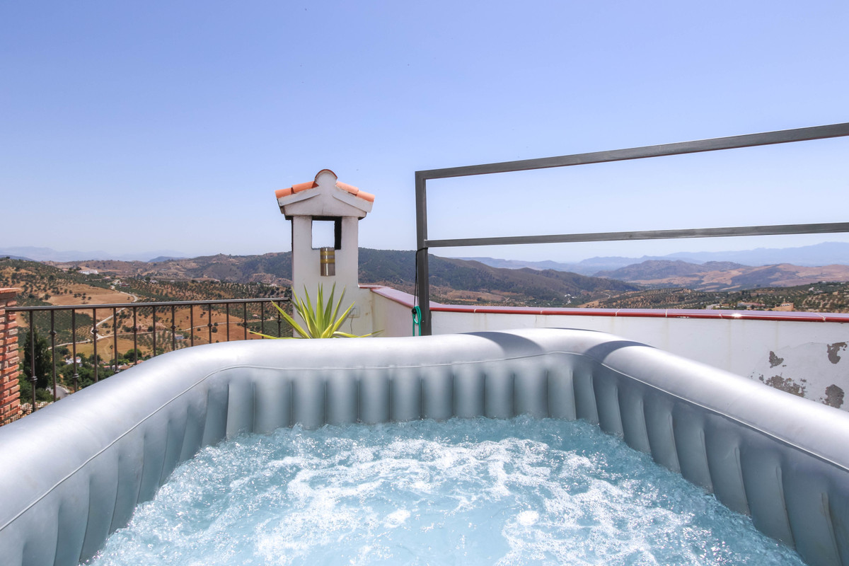 Town House dIvided into 3 SEPARATE APARTMENTS  .   Rental Income .   Fantastic Views .   Centre of t, Spain