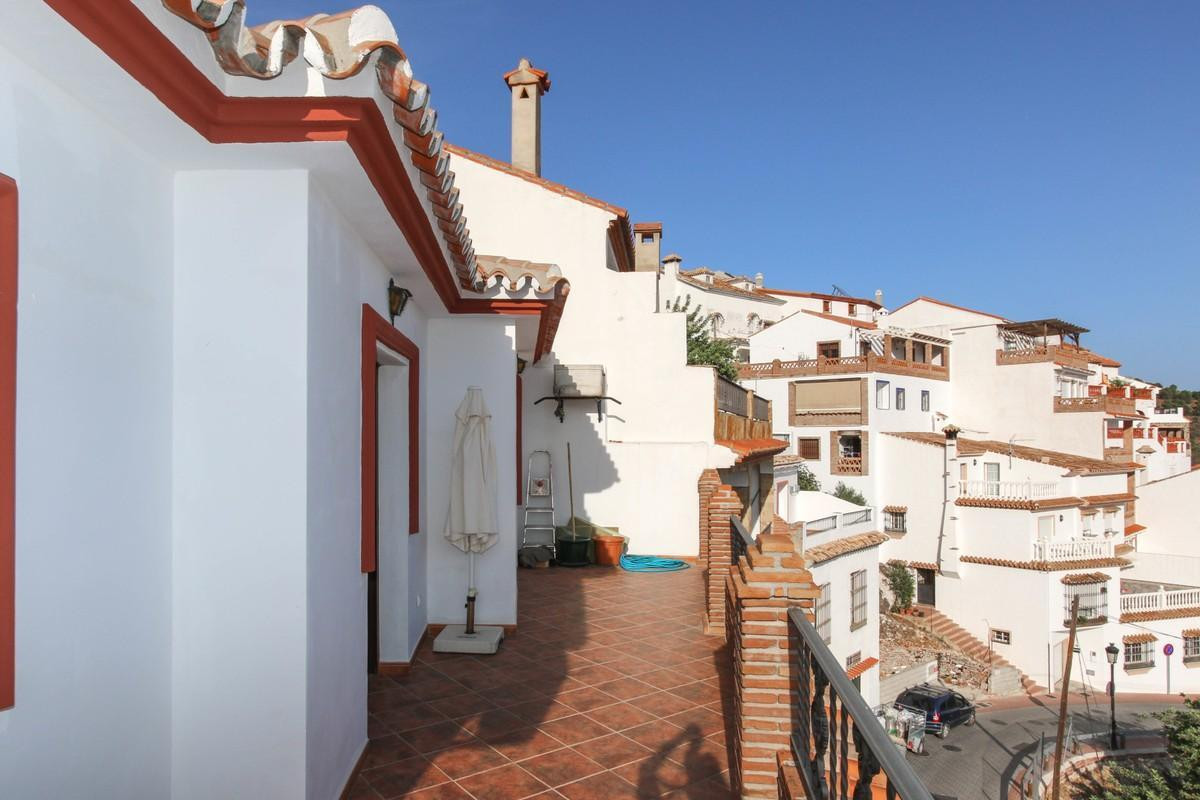 Townhouse Terraced in Ojén, Costa del Sol