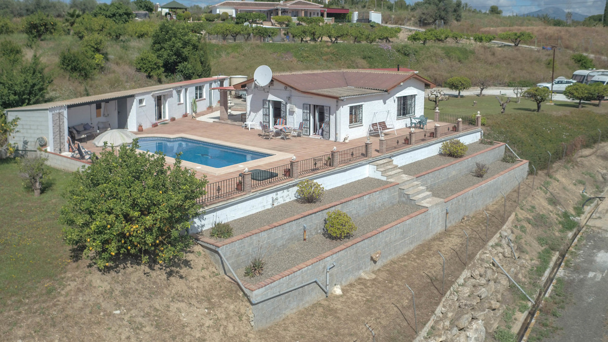 Beautiful Pool Area  .   Central Location .   Immaculate property .   Bar area .   Landscaped garden, Spain