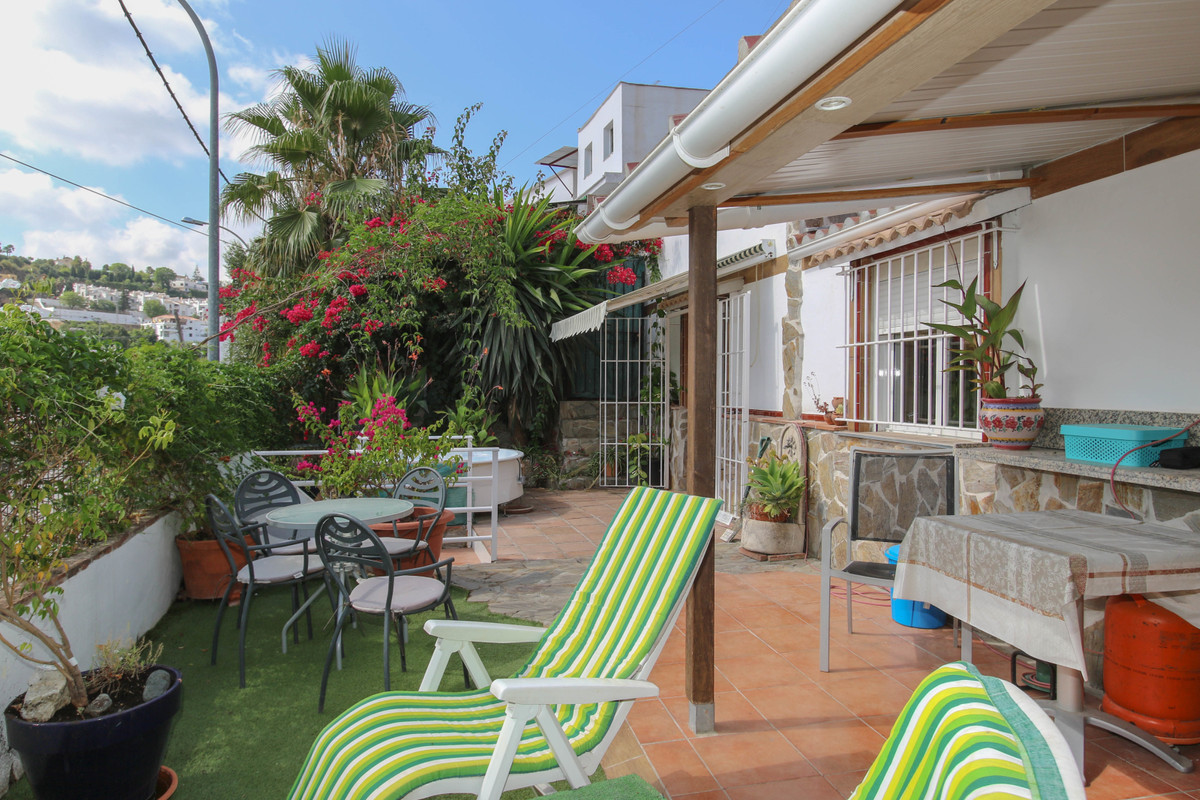 Townhouse with loads of outdoor space  .  UNIQUE property .  Large terrace .  Walking distance to ba,Spain