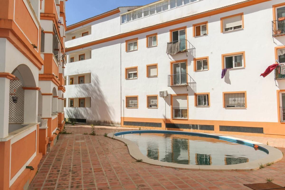 Apartment, Middle Floor  for sale    en Tolox