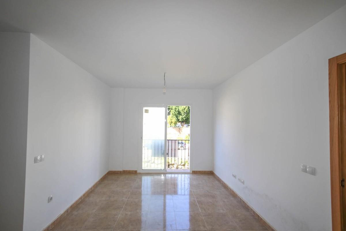 2 Bedroom Middle Floor Apartment For Sale Tolox