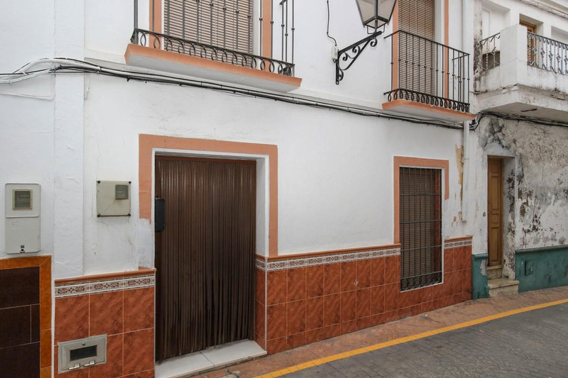 House - Guaro