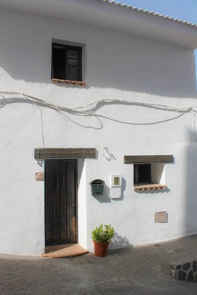 Picture of property for sale in Guaro