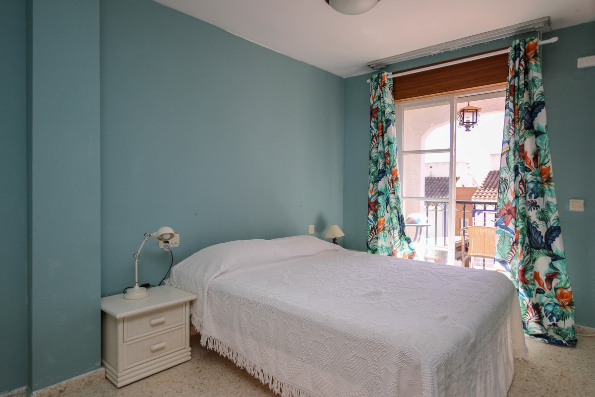 3 Dormitorio Adosada Unifamiliar En Venta Alozaina
